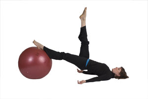 hamstring_curls_single_leg_with_exercise_ball_1.jpg